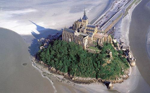 Церковь в Мон-Сен-Мишель