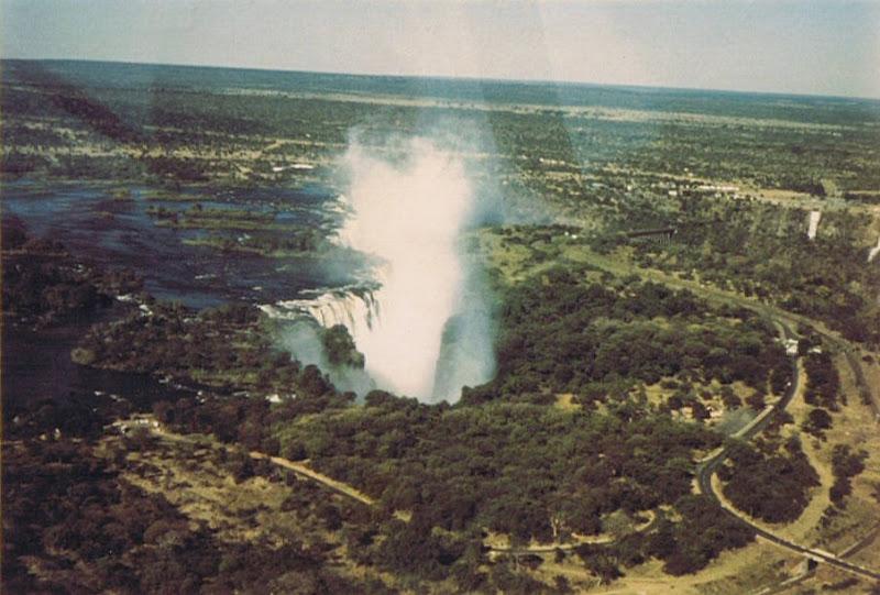 Водопад Виктория, вид с самолета