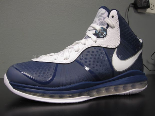 Nike LeBron 8 V2 NavyWhiteSilver aka 8220Yankees8221 Actual Photos