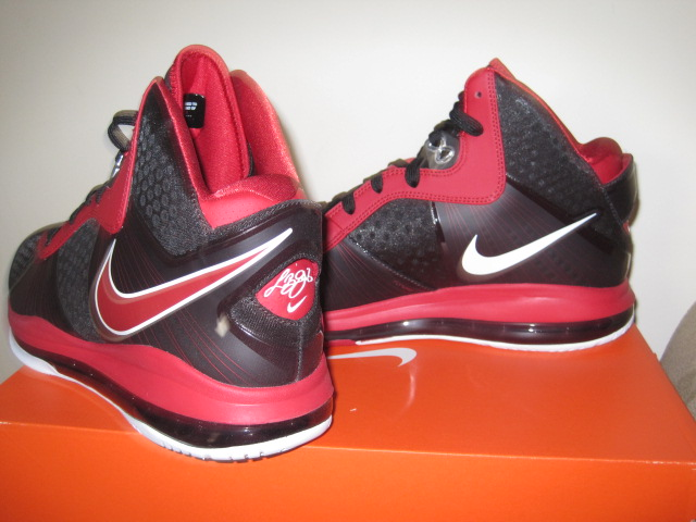 new concept 1b960 05f49 New Images of Nike LeBron 8 V2