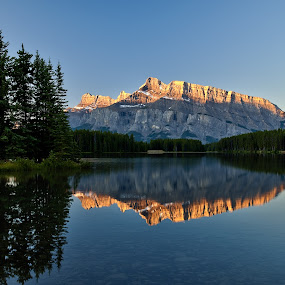 Mt Rundle by Peter Luxem - Backgrounds Nature ( water, reflection, mountain, trees, alpenglow, sunrise, clear sky, food, cooked, plated, dessert, vegetables, meat, fish, dish, recipe, baked, roasted, grilled, sauteed, poached, spiced, reflections, mirror )