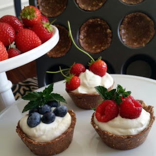 Oats N' Cacao Berry Cups