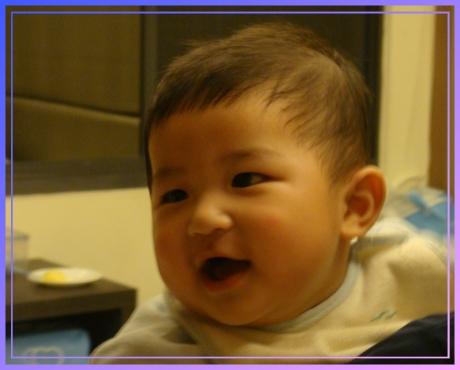 笑得超開心的寶貝耕輔