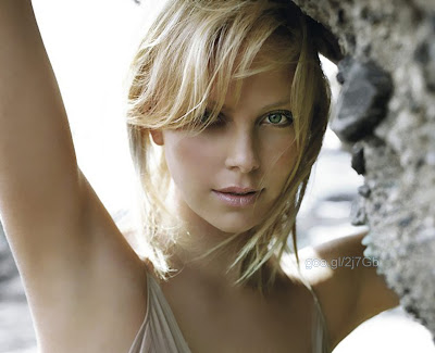 Charlize Theron 莎莉賽隆