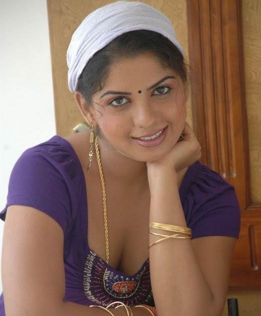 Drogam Nadanthathu Enna Poster: Desi Actress Repped Photoshoot