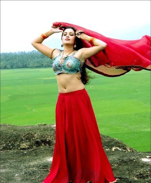 Actress Navaneeth Kaur Latest Cute Stills