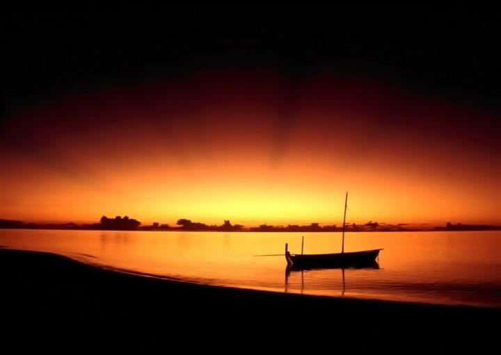 Dhoni al tramonto di lele.r