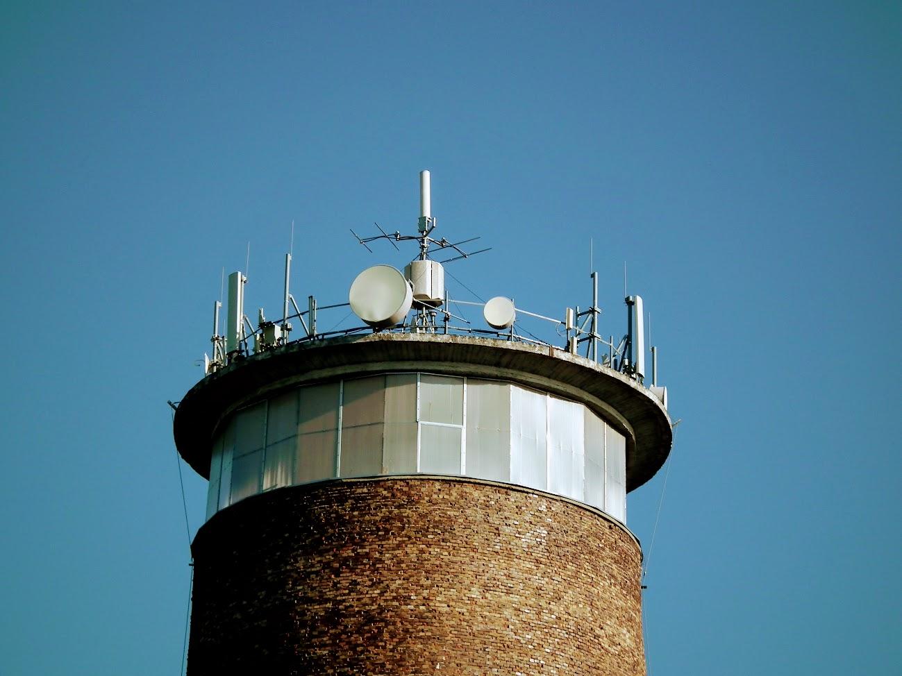 Kiskunhalas/víztorony - helyi URH-FM+DVB-T adóállomás