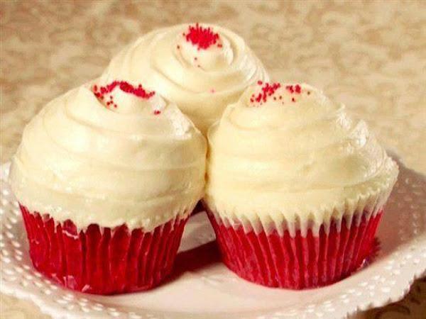 Auntie Em's Red Velvet Cupcakes Recipe