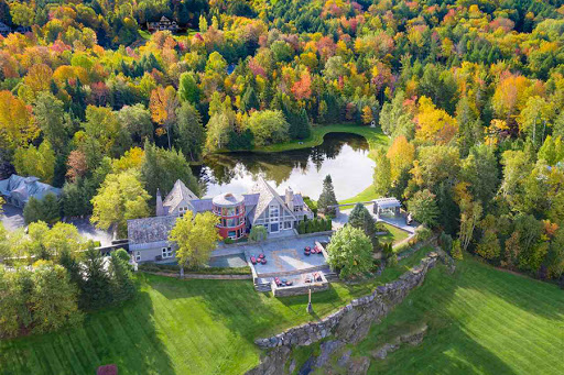 On the Market: A Countryside Stowe Estate with Acres of Woodland Paths