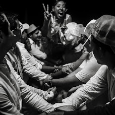 Wedding photographer Santiago Castro (santiagocastro). Photo of 27.04.2017