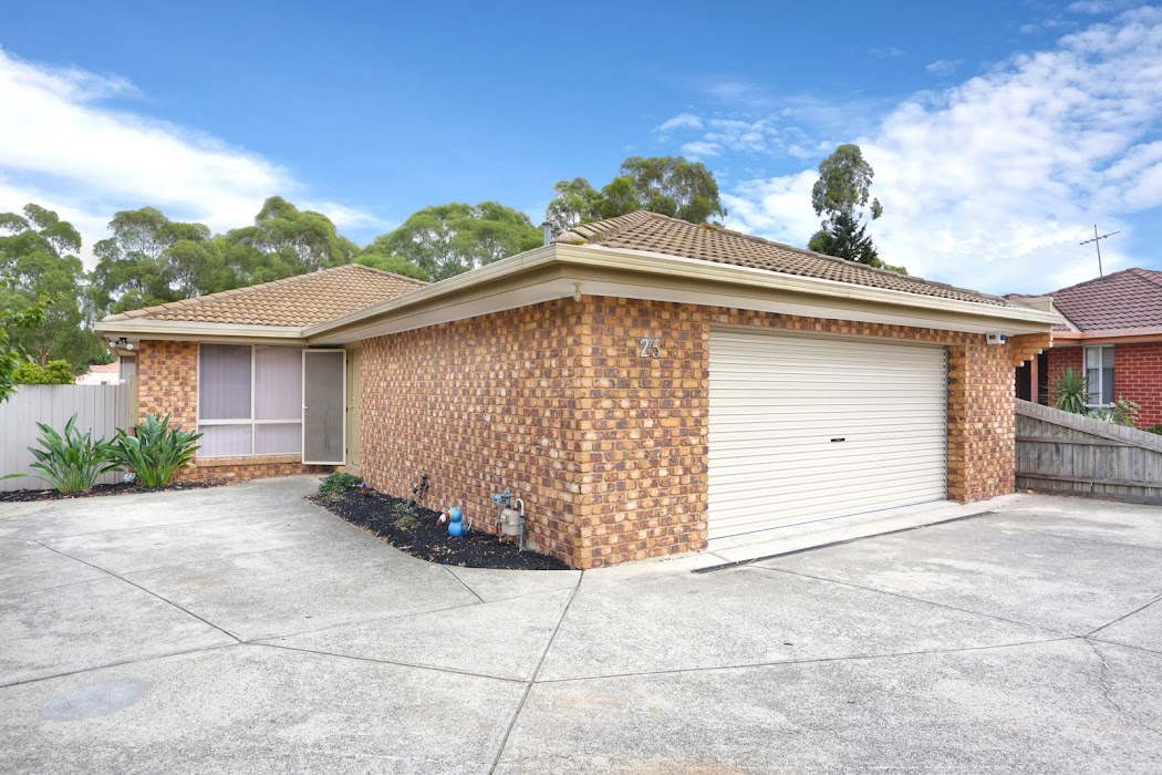 Main photo of property at 25 Amarina Close, Meadow Heights 3048