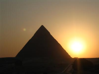 Atardecer pirámide Keops