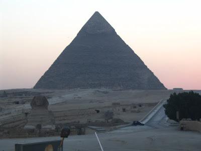Pirámide de Keops y Esfinge