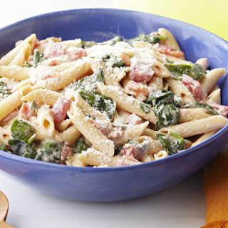 Creamy Spinach & Pasta Skillet