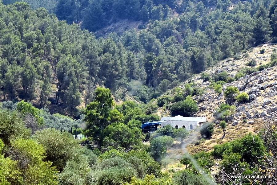 Амука. Знаменитое чудотворное место - могила рабби Йонатана Бен Узиеля