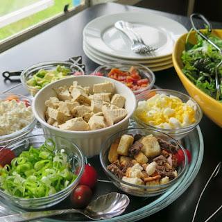 Cobb Salad Bar.