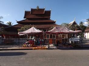 Photo: ... DIE Tourist*innen-Attraktionl Luang Prabangs