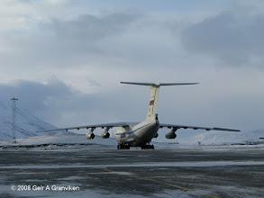 Photo: Russian Ilyushin Il-76  transport plane at Svalbard Airport, Longyear (LYR/ENSB)