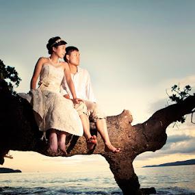by James Boddington - Wedding Bride & Groom