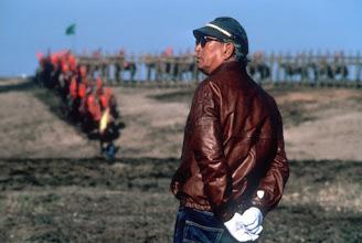 """Photo: Akira Kurosawa no set de """"RAN""""."""