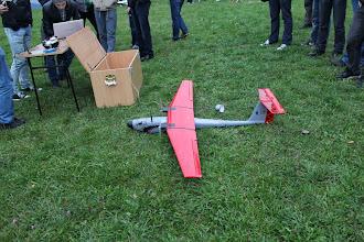 """Photo: Samolot bezzałogowy """"Rekin"""" wykonany przez członków Koła Naukowego Awioników Melavio."""