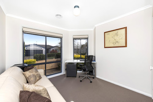 Photo of property at 4 Palm Court, Jerrabomberra 2619