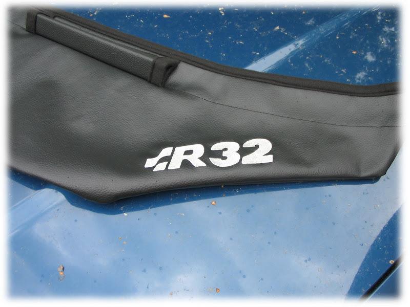 bra vw golf 4 clean r32 logo v6 gti v5 steinschlagschutz. Black Bedroom Furniture Sets. Home Design Ideas