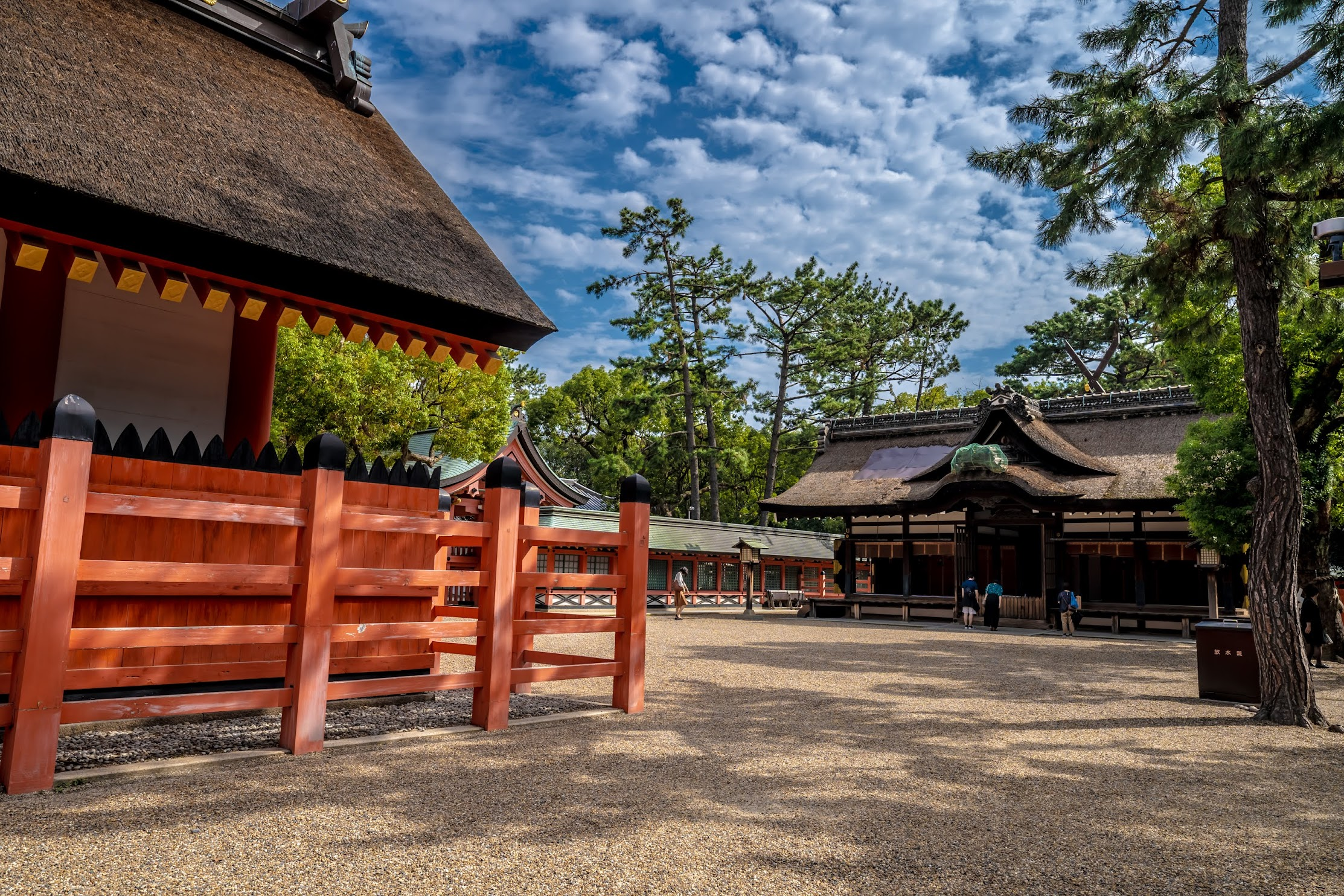 Sumiyoshi Taisha Shrine main sanctuary3