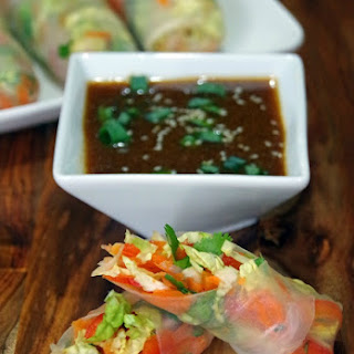 Easy Spring Roll Recipe with Soy Ginger Dipping Sauce and a #NaturallyFresh Giveaway