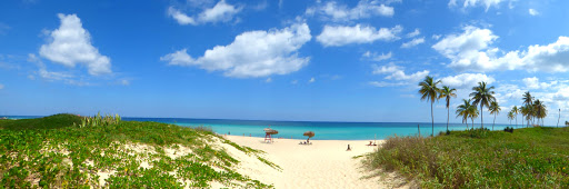 Cuba-Havana-Playas-del-Estes.jpg - Relax on the lovely Playas del Estes beach near Havana.