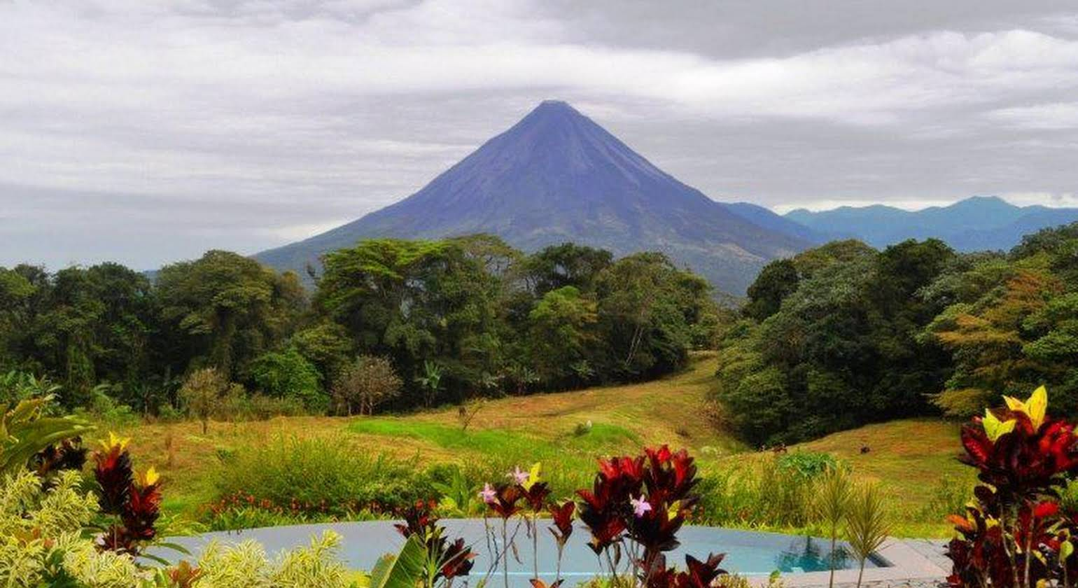 Hotel Arenal Lodge