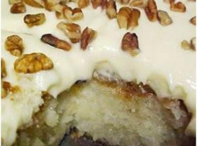 ELVIS PRESLEY PINEAPPLE CAKE Recipe
