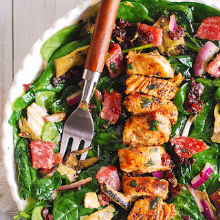 Italian Salad with Chicken, Spinach, Artichokes.