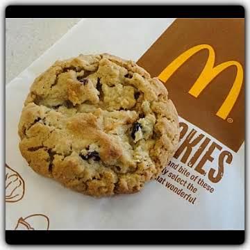 McDonald's Copycat Oatmeal raisin cookies