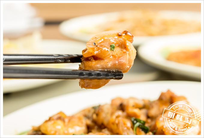冠滋平價鐵板燒炒雞肉