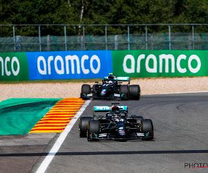 🎥 Lewis Hamilton laat Mercedes juichen op Spa-Francorchamps, supercrash Giovinazzi kruidt ook GP van België