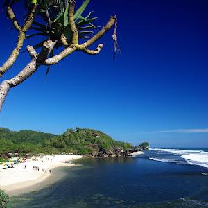 Sundak Beach.jpg