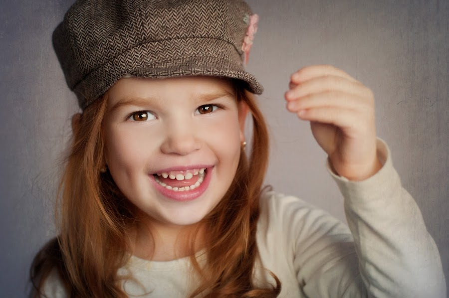 Hello by Kata Nedoroscikova Kanukova - Babies & Children Child Portraits ( smile )