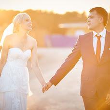 Wedding photographer Evgeniy Romanov (evgene22). Photo of 10.08.2015