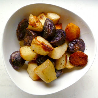 Garlic-and-salt Roasted Potatoes
