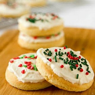 Lofthouse Sugar Cookies with Easy Buttercream Frosting Recipe