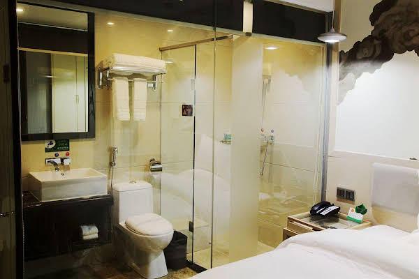 Guangzhou Xinghe Sanlian Business Hotel