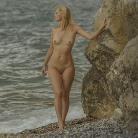 Woman and the sea by Dmitry Laudin - Nudes & Boudoir Artistic Nude ( woman, beauty, erotic, nude, body, sea, summer )