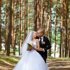 Wedding photographer Dima Rogoviy (dimarogovyj1994). Photo of 04.11.2017