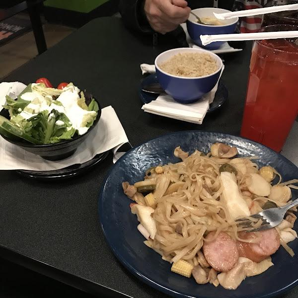GF pad Thai noodles