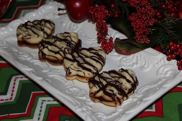 Chocolate Raspberry Spritz Sandwich Cookies