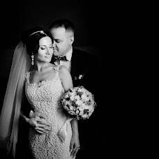 Wedding photographer Maksim Danilchenko (MaximD). Photo of 05.04.2017