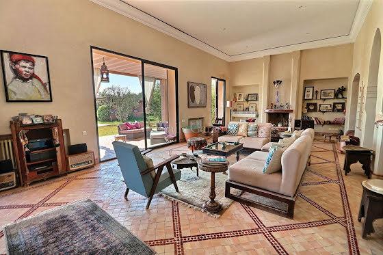 Vente maison 8 pièces 600 m2