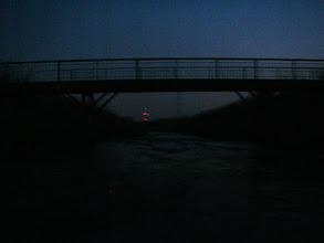 Photo: coraz ciemniej :( kładka między Przełajką a Czeladzką Maderą